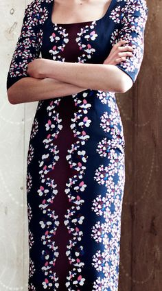 Erdem pre ss13, lace-like florals used sparsely & symmetrically