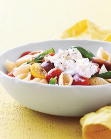 Pasta Shells with No-Cook Tomato Sauce
