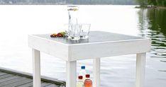 Kätevä pikkupöytä sopii terassille, parvekkeelle tai laiturille. Käytä pöytälevynä suurikokoista keraamista laattaa, joka antaa ilmettä ja on helppo puhdistaa.