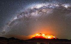 * Milky Way... / Горящие звезды: Огонь на земле... Огонь в небе...Квинсленд, Австралия...