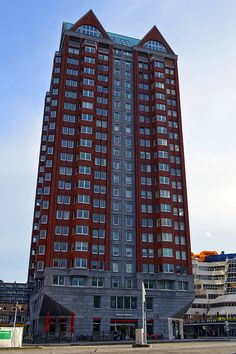 https://flic.kr/p/HLNyZC | Rotterdam (The Netherlands) - Blaak - Statendam building - 1 | Pictures by Björn Roose. Rotterdam, The Netherlands, January 2016.
