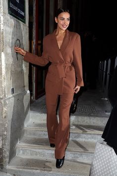 T Dress, Sheik, Irina Shayk, Duster Coat, Celebrities, Jackets, Pant Suits, Dresses, California Travel