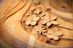 William Casanova: Scultura di legno cirmolo Onda | DolomitiHeart.it