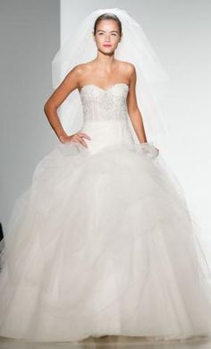 Kenneth Pool Sonya : buy this dress for a fraction of the salon price on PreOwnedWeddingDresses.com