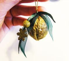 Christmas decoration - * walnut gold * Christmas / Deco / tree decoration - a designer . Christmas Dyi Crafts, Christmas Candles, Christmas Decorations To Make, Christmas Projects, Tree Decorations, Walnut Shell Crafts, New Year's Crafts, Diy Home Crafts, Cottage Christmas