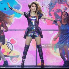Karol Sevilla performs on stage during Disney show Soy Luna at Palacio de los Deportes on January 2018 in Madrid, Spain Get premium, high resolution news photos at Getty Images Disney Shows, Star Wars, Fifth Harmony, Holidays And Events, Singer, Actresses, Wallpapers, Disney Channel Stars, Singers