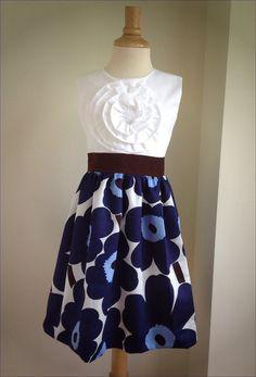 Items similar to Marimekko Pieni Unikko dress sizes 12 mos - 10 on Etsy Dress Outfits, Kids Outfits, Fashion Dresses, Marimekko Dress, Africa Dress, Scandinavian Style, Kids Clothing, Spring Summer Fashion, Street Styles