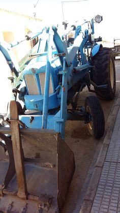 160 (Ford Major cloon?) Tractors, Monster Trucks, Ford, Vehicles, Car, Vehicle, Tools