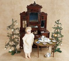 De Kleine Wereld Museum of Lier: 349 Mahogany Doll-Sized Buffet with Elaborate Shelving