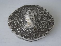 Antique Embossed 800 Standard Solid Silver Snuff Box/ L 7 cm #German