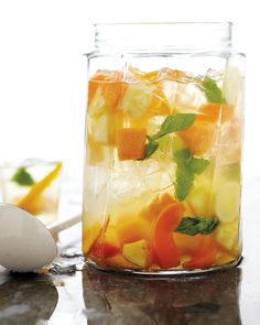Inspired by Charm: Sangria.wonderful and refreshing looking Sangria. It is definitely But who needs for Sangria? Summer Punch, Summer Fruit, Summer Drinks, Fun Drinks, Beverages, Summer Picnic, Summer Potluck, Summer Pool, Drinks Alcohol
