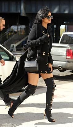 KYLIE JENNER'S STYLE HACKS TO REFRESH YOUR WARDROBE DesignerzCentral waysify