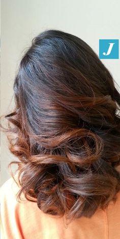 Scegli di illuminare i tuoi capelli con un Degradé Joelle. #cdj #degradejoelle #tagliopuntearia #degradé #igers #shooting #naturalshades #hair #hairstyle #haircolour #haircut #longhair #style #hairfashion