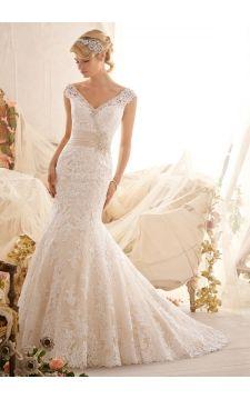 Wedding Dress  2608 Venice Lace Appliques on Net  Edged with Crystal  Beading   Taffeta Waistband