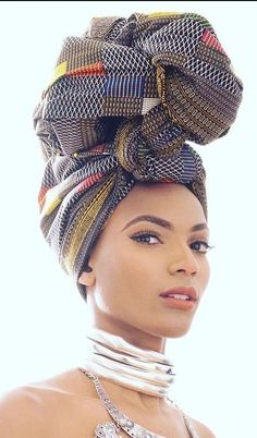 African head wrap is fiercely fighting it's way (and succeeding) into high. The African head wrap is fiercely fighting it's way (and succeeding) into high.The African head wrap is fiercely fighting it's way (and succeeding) into high. Head Wrap Headband, Head Wrap Scarf, African Beauty, African Fashion, Style Turban, Pelo Afro, African Head Wraps, We Are The World, Scarf Hairstyles