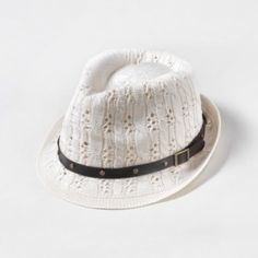 Knit Fedora with Buckle Detail