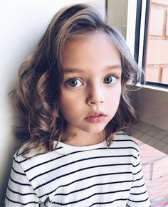 anna pavaga love you Little Girl Pictures, Cute Little Girls, Cute Kids, Cute Babies, Baby Kids, Young Models, Child Models, Preteen Girls Fashion, Kids Fashion