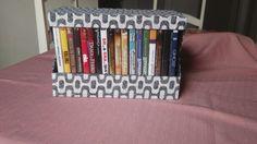 Caixa Porta-DVDs!
