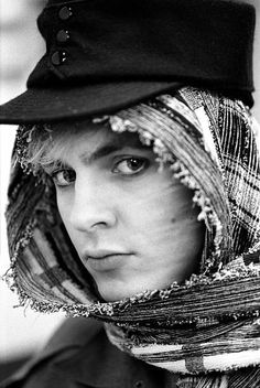 Nick Rhodes one of the best pics of him John Taylor, Roger Taylor, Nick Rhodes, Simon Le Bon, Great Bands, Cool Bands, Beautiful Person, Beautiful Men, Birmingham