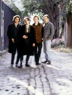 Jeff Buckley with his band - Matt Johnson, Michael Tighe & Mick Grondahl. Throwback Music, Tim Buckley, Peter Steele, Him Band, White Horses, White Boys, Amazing Grace, Music Stuff, Music Bands