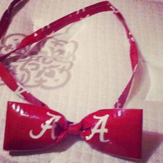 Duct Tape Bow Tie Duct Tape Bows, Duck Tape Crafts, Football Fashion, Recycled Fashion, Ua, Recycling, Clothes Refashion, Refashioned Clothing, Upcycle