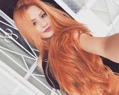 Orange Wigs Yellow Wigs Lace Frontal Brazilian Hair Bundles With Frontal Beaded Hair Extensions Indian Deep Wave With Closure Grey Bob Wig Beautiful Red Hair, Gorgeous Redhead, Long Red Hair, Super Long Hair, Pretty Hairstyles, Wig Hairstyles, Brazilian Hair Bundles, Strawberry Blonde, Ginger Hair