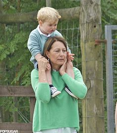 Prince George at Berkshire Petting Zoo With Carole Middleton | POPSUGAR Celebrity  6-24-15