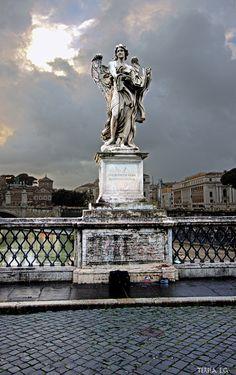 Ángel con el sudario y los dados, Ponte Sant'Angelo