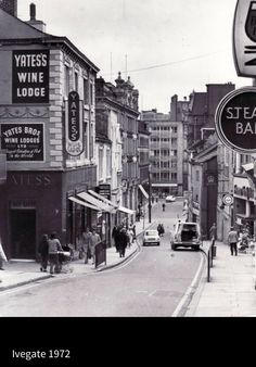 34 old pictures of Bradford pubs Yorkshire City, West Yorkshire, Old Pictures, Old Photos, Uk Pub, Bradford City, Barnsley, See Photo, Liverpool