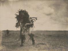 Edward S. Curtis - La ceremonia yebichai, el mendigo, Navajo, c. 1905