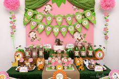 Pink and green safari birthday party! Jungle Theme Birthday, Girl Birthday Themes, Animal Birthday, 1st Boy Birthday, 2nd Birthday Parties, Monkey Birthday, Party Animals, Animal Party, Safari Party