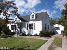FOR SALE: GREAT ORIGINAL 1940'S CHARM $249,000  	622 Maycox Ave In Norfolk, Va Home -  For Sale