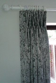 double pinch pleat curtains Pinch Pleat Curtains, Pleated Curtains, Bedroom Color Schemes, Colour Schemes, Fabric Boxes, Blinds, Ideas, Home Decor, Ruffle Curtains