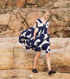 Stepping out on a Saturday like Marimekko Dress, Layered Fashion, Layering Outfits, Weekend Wear, Tie Dye, Retro Dress, Fashion Prints, Fashion Design, Scandinavian Style