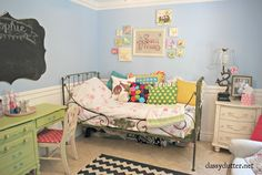 Cottage of the Week: Classy Clutter 2 tours in 1 - The Cottage Market