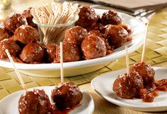 Beef Meatballs & Picante Glaze – Great for cocktail parties, casual get-togethers or anytime, these baked meatballs are especially easy to make… and the glaze is so good, it makes them hard to resist. Source by Superbowl Food Chicken Parmesan Meatballs, Chicken Parmesan Recipes, Appetizers For Party, Appetizer Recipes, Christmas Appetizers, Christmas Drinks, Salad Recipes, Christmas Ideas, Party Food Meatballs
