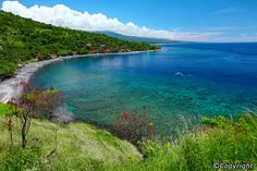 Amed Beach in Bali is most likely already in your Bali travel itinerary if you're a keen diver. The island's eastern shoreline boasts an underwater playground, and Amed Beach is among the favourite between two main sites (the other being Tulamben, 25km to the north). Amed