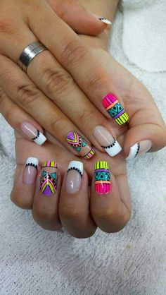 Your day starts but you are still resting in the bed? We want to demonstrate 10 fast techniques for getting your glow on. Cute Nail Art, Cute Nails, Pretty Nails, Diva Nails, Neon Nails, Stylish Nails, Fancy Nails, Nail Manicure, Nail Arts