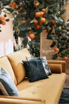 Yellow Sofa, Decoration, Neue Trends, Future House, Interior Inspiration, Farmhouse Style, Bloom, Lounge, Indoor