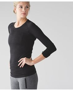 583682b8b8 Swiftly Tech Long sleeve crew black/black Lululemon Shirts, Athletic  Outfits, Athletic Clothes