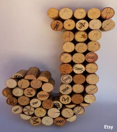 wine decor for kitchen | winecork --this would make a great DIY Wedding gift!