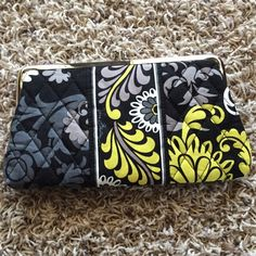 Vera Bradley Baroque Snap Wallet Brand New Never Used!!!!!!! Pet free smoke free home!!! Gorgeous color!! Vera Bradley Bags Wallets