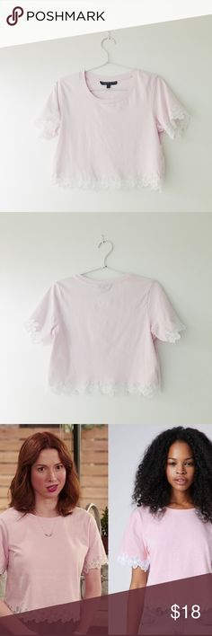 TOPSHOP PETITE: Pink Flower Trim Croptop Super cute pink crop top with a flower trim from TOPSHOP petite size US 0, perfect for a summer or spring look! Materials: 100% cotton, the trim is 100% polyester🌻 feel free to send an offer, prices are always negotiable! 💸✨EVERYTHING IN MY CLOSET IS NOW $25 or UNDER! 💕 Topshop PETITE Tops Crop Tops
