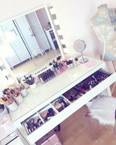 Dressing Table Layout
