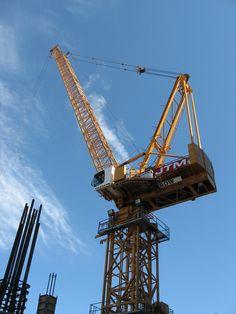 Crane and Lift Equipment | MORROW