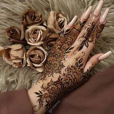 Pretty Henna Designs, Modern Henna Designs, Floral Henna Designs, Latest Henna Designs, Henna Tattoo Designs Simple, Finger Henna Designs, Full Hand Mehndi Designs, Mehndi Designs Book, Mehndi Design Pictures