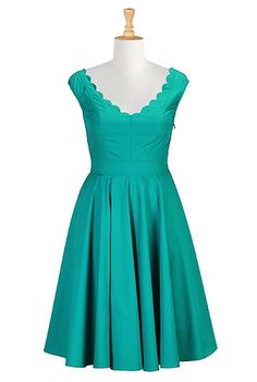 Virginia dress from eShakti. Save $35 on your first eShakti purchase with this link: http://www.eshakti.com/referralregister14.aspx?code=EYEFR9138 And get free style and fit customization! Sizes 0-36W.