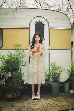 milkcocoa Girls Fashion Clothes, Girl Fashion, Fashion Dresses, Korean Clothing Stores, Fashion Illustration Sketches, Ulzzang Korean Girl, Korean Outfits, Her Style, Cute Girls