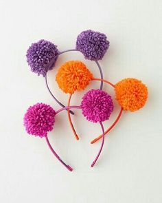 POMPOM HAIRBANDS -