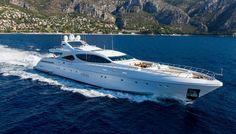 MANGUSTA 165 Superyacht | Yate de lujo en venta con Burgess
